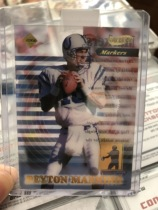 1999 年 NFL 橄榄球  佩顿 曼宁 新秀第一年 透明 限量卡/5000