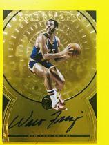 【Lucky球星卡店官方代拍-MXK 10.16】17-18 Panini Opulence 金书篮球 沃尔特·弗雷泽尔 38/49编Gold Records版卡签签字!尼克斯名宿!50大巨星!sp