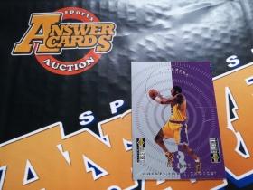 X007《答案卡世界》拍卖 9798 UD CC 湖人传奇 科比 布莱恩特 折纸 摆件 特卡!!!