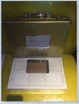 【Lucky球星卡店官方代拍-Xuan+0913】14-15 Panini Flawless 金色手提箱 仅有一只机会难得