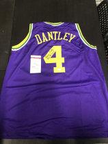 「老夫子」拍卖  999   DA 签名球衣盒出品  无盒 爵士 丹特利 dantley  签名球衣 有证书 球衣版本不知 无商标 此标不累计只发顺丰到付