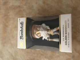 【Hsu拍卖】寒武纪 dc 炮火佳丽3 蝙蝠女侠娃娃 玩偶 一盒一个 凑套必备