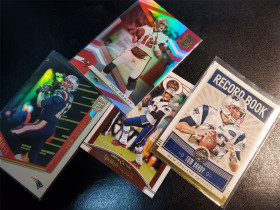 汤姆·布雷迪(Tom Brady)ELITE系列折射 LEGACY系列普卡特卡 4张打包 NFL历史第一人橄榄球界乔丹 爱国者 海盗第一年 帕尼尼PANINI