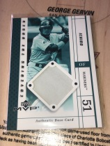 2003 MVP 系列 MLB 日本巨星 ICHIRO 铃木一郎 2001年水手队新秀赛季主场的地基实物卡。