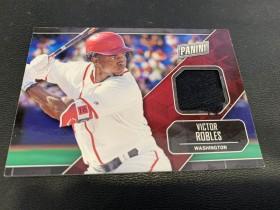 2018 panini 父亲节 棒球 VICTOR ROBLES 球衣实物卡 卡品如图 不喜勿拍