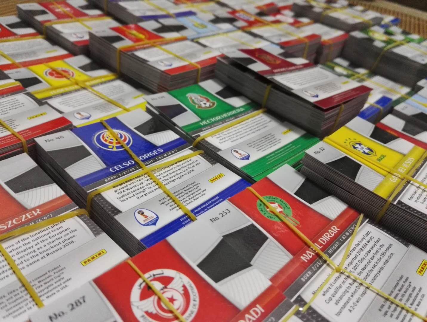 【独尊小店】panini  2018 世界杯 299张 少80号姆巴佩 普卡套  巨星  (小全套) 具有收藏价值   梅西C罗内马尔苏牙格子厄齐尔阿扎尔等