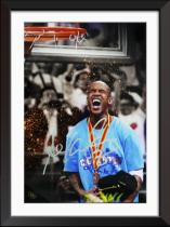 【城市英雄-马布里】系列 巢 2011-12赛季 北京首钢 夺冠赛季 签名 签字 庆祝 照片 高端礼品 证书 Stephon Marbury