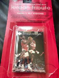 乔丹 Jordan tributeI II III,三套原盒(20年前老卡,外盒破旧了,内部全新)共90张一大套, 非常漂亮很多经典好卡,详见附图。