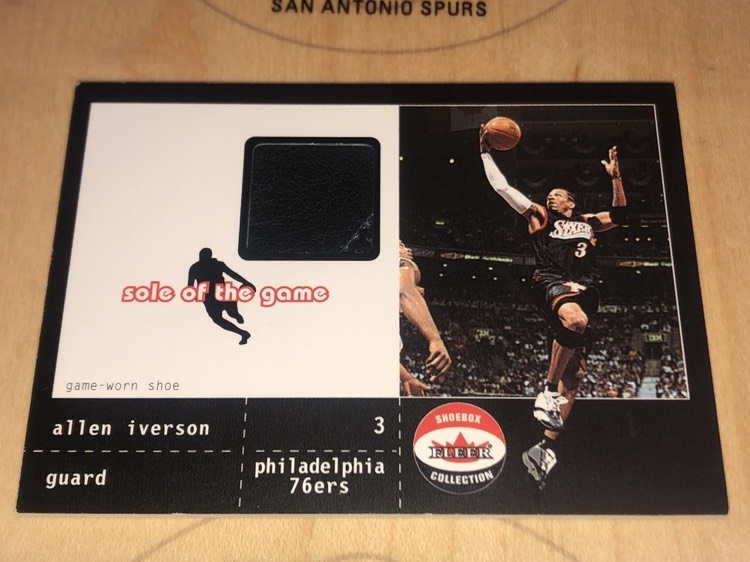 2002 Fleer 艾弗森 Iverson 鞋皮卡 shoe, sole of the game ,早期鞋子卡,切到缝线,角不是很好。100编。