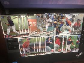 MLB棒球 TOPPS 各系列红袜 base 2图50多张打包